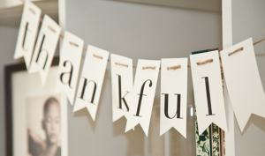 Darling-thankful-banner-for-Thanksgiving
